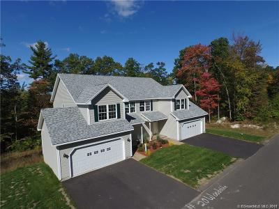 Tolland County Condo/Townhouse For Sale: 16 Woodside Drive #16