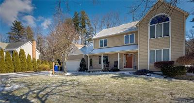Southington Single Family Home For Sale: 21 Hazelwood Drive