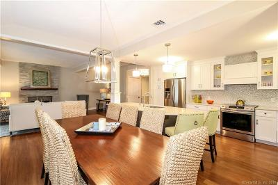 Southbury Condo/Townhouse For Sale: 827a Heritage Village #A