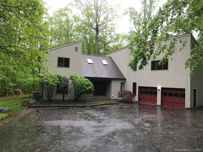 Weston Single Family Home For Sale: 28 Brier Brook Road