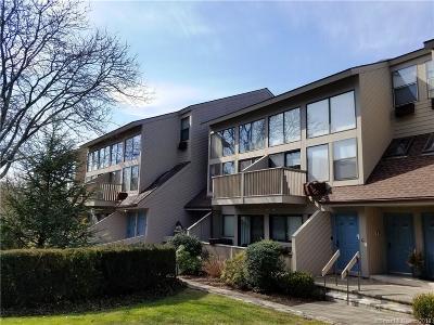 Fairfield County Condo/Townhouse For Sale: 1465 Putnam Avenue #609