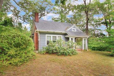 Wilton Single Family Home For Sale: 18 Horseshoe Road