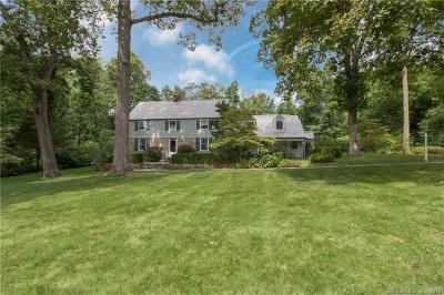 Darien Single Family Home For Sale: 4 Nolen Lane
