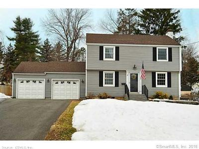 West Hartford Single Family Home For Sale: 18 Sandhurst Drive