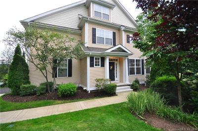 New Haven County Condo/Townhouse For Sale: 1 Winding Trail #1