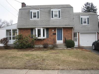 Newington Single Family Home For Sale: 4 Hartt Lane