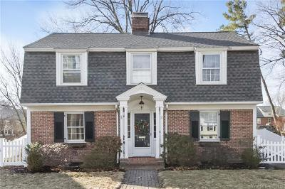 West Hartford Single Family Home For Sale: 17 Brookline Drive