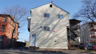 Hartford Multi Family Home For Sale: 71 Williams Street