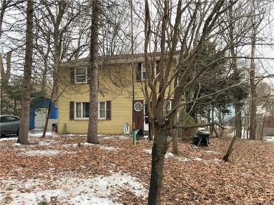 Meriden Single Family Home For Sale: 212 Spring Street