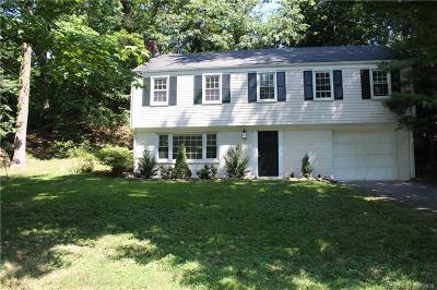 Darien Single Family Home For Sale: 210 Tokeneke Road