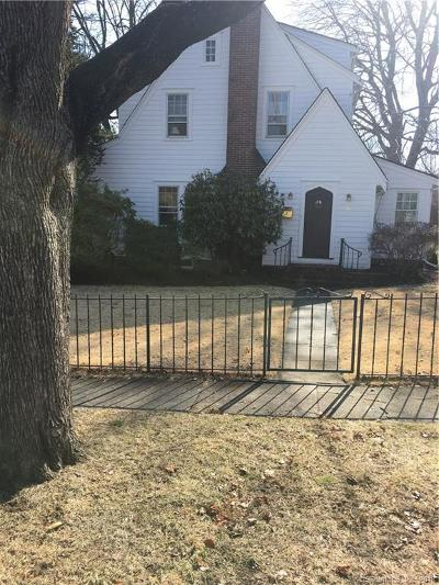 Stamford Single Family Home For Sale: 6 Hubbard Court