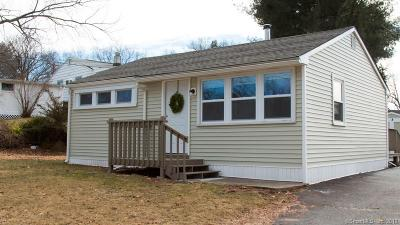 Southington Single Family Home For Sale: 30 Whippoorwill Road