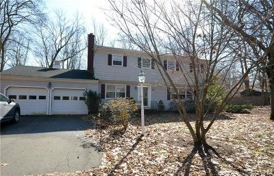 Fairfield County Single Family Home For Sale: 82 Marsh Road