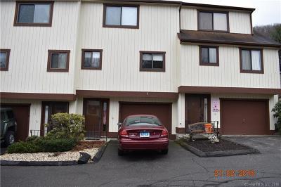 Beacon Falls Condo/Townhouse For Sale: 30 Brockton Court #30