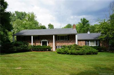 Brookfield Single Family Home For Sale: 71 Stony Hill Road