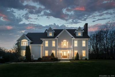 Trumbull Single Family Home For Sale: 23 Settlers Ridge Drive