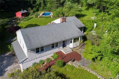 Redding Single Family Home For Sale: 12 Little Boston Lane