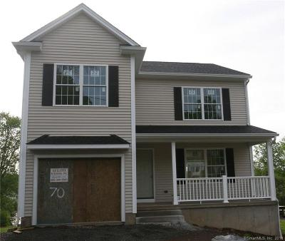 Middlefield Single Family Home For Sale: 2 Main Street
