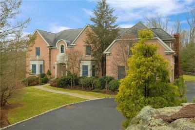 Stamford CT Single Family Home For Sale: $1,695,000