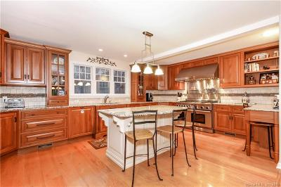 RIDGEFIELD Single Family Home For Sale: 15 Bear Mountain Road