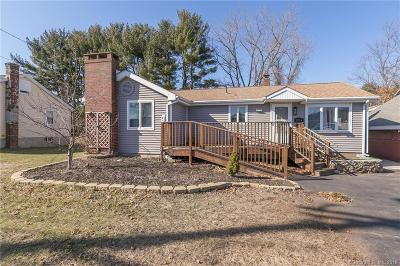Tolland Single Family Home For Sale: 224 Hartford Turnpike