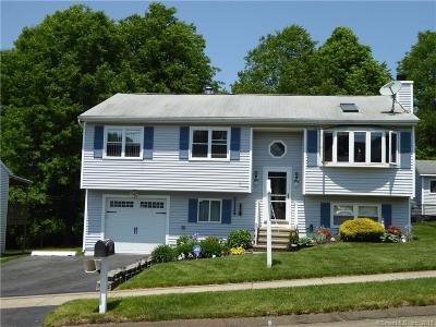 East Haven Single Family Home For Sale: 25 Mallard Lane