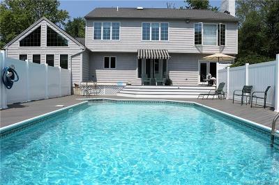 Torrington Single Family Home For Sale: 24 Westledge Drive