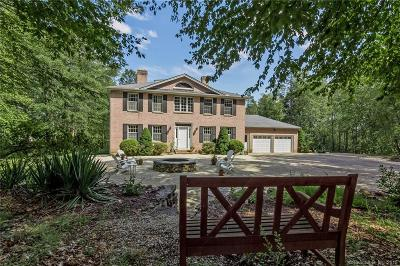 Middletown Single Family Home For Sale: 695 Country Club Road