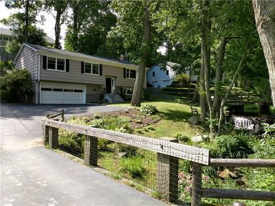 Fairfield CT Single Family Home For Sale: $559,000