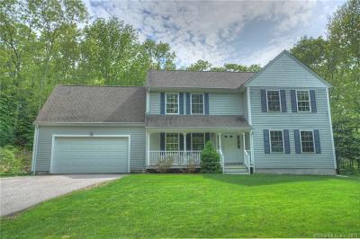 Ledyard Single Family Home For Sale: 19 Cardinal Lane