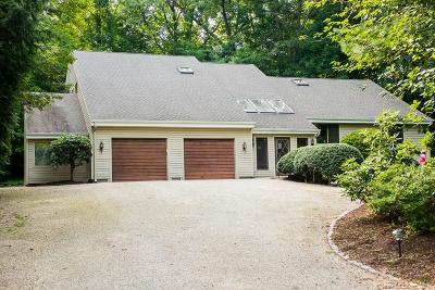 Cheshire Single Family Home For Sale: 40 Stonehenge Place