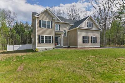 Avon Single Family Home For Sale: 31 Hidden Oaks Drive