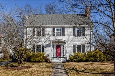 Single Family Home For Sale: 36 Bishop Road