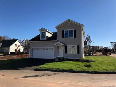 Southington Single Family Home For Sale: 2 Redwood Lane