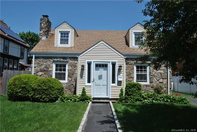 Fairfield CT Single Family Home For Sale: $450,000