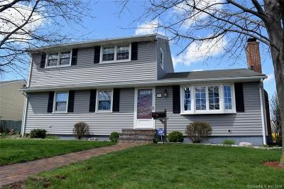 Newington Single Family Home For Sale: 36 Saddle Hill Road