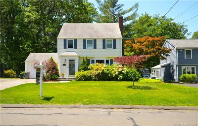 Fairfield CT Single Family Home For Sale: $530,000