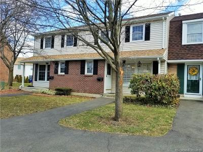 Milford CT Condo/Townhouse For Sale: $224,900