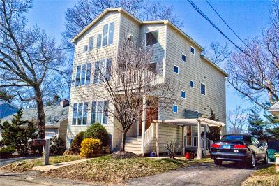 East Haven Single Family Home For Sale: 93 Morgan Avenue