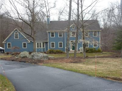 NEW MILFORD Single Family Home For Sale: 52 Meadowood Drive