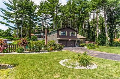 Southington Single Family Home For Sale: 32 Hidden Hills Drive