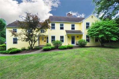Southbury Single Family Home For Sale: 243 Jeremy Swamp Road
