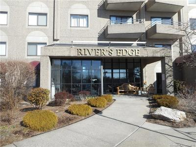 Middletown Condo/Townhouse For Sale: 111 Dekoven Drive #908