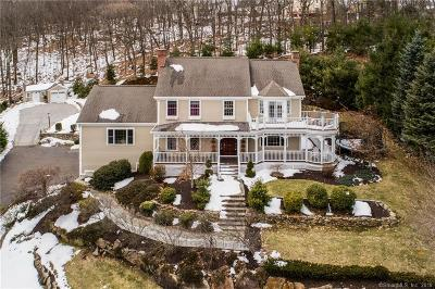 Waterbury Single Family Home For Sale: 28 Gaylord Glen