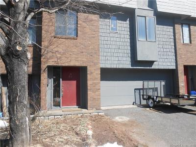 Middletown Condo/Townhouse For Sale: 92 Trolley Crossing Lane #92