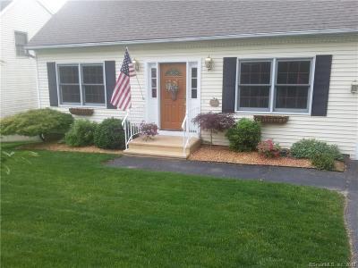 Waterbury Single Family Home For Sale: 1026 Oronoke Road