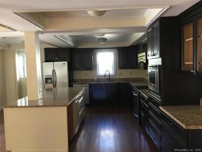 West Hartford Single Family Home For Sale: 15 Quaker Lane North
