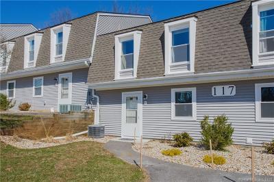 New Britain Condo/Townhouse For Sale: 117 Brittany Farms Road #E