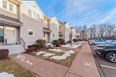 Windsor Locks Condo/Townhouse For Sale: 59 Oak Ridge Drive #59