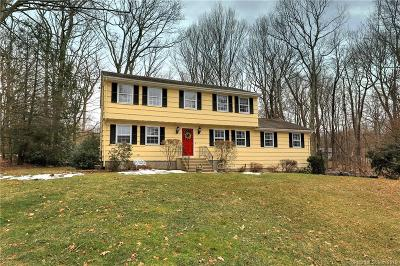 Trumbull Single Family Home For Sale: 25 Pioneer Trail